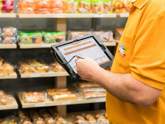ÖLZ-Meisterbäcker-Produktsortiment-im-Lebensmittelhandel